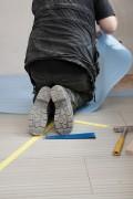 De vloerrenovatie specialist heeft de juiste materialen en gereedschappen om uw vloer te renoveren © Falko Matte - Fotolia