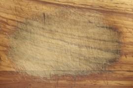 Beschadigingen komen voor bij intensief gebruik van de houten vloer.©Fotolia